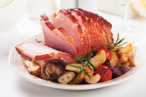 Spicy Holiday Glazed Ham